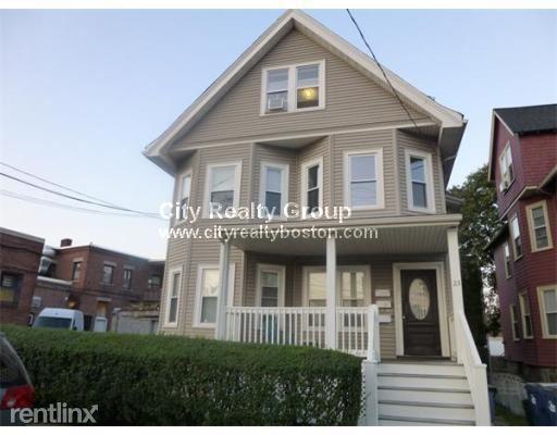 23 Hastings St Apt 1, West Roxbury, MA - $2,795
