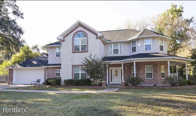 11201 Willow St, Brownsboro, TX - $2,200
