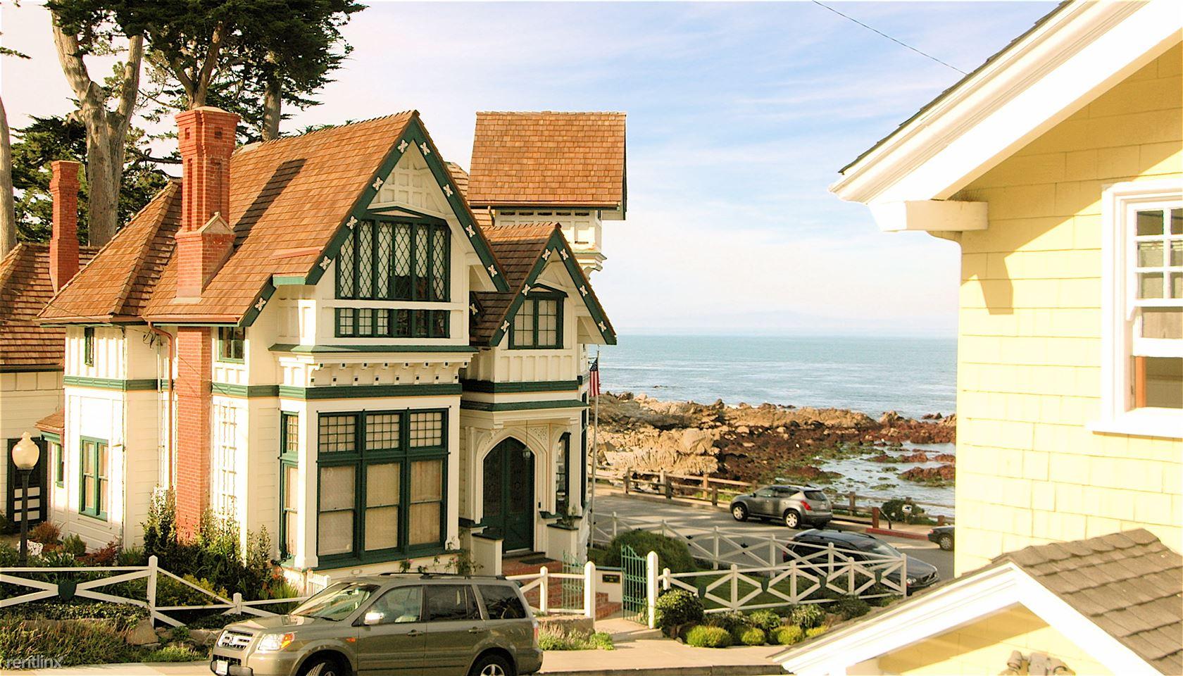 105 5th St, Pacific Grove, CA - $3,968