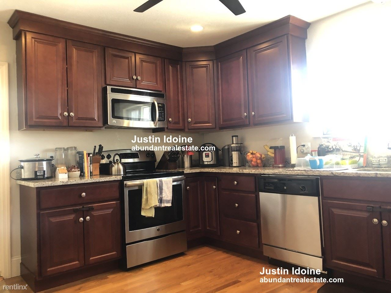 129 Rawson Rd # 2, Arlington, MA - $2,800
