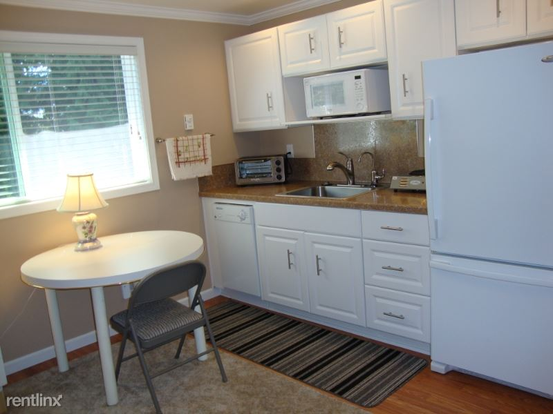 18316 - 1st Ave NE, Shoreline, WA - $1,295