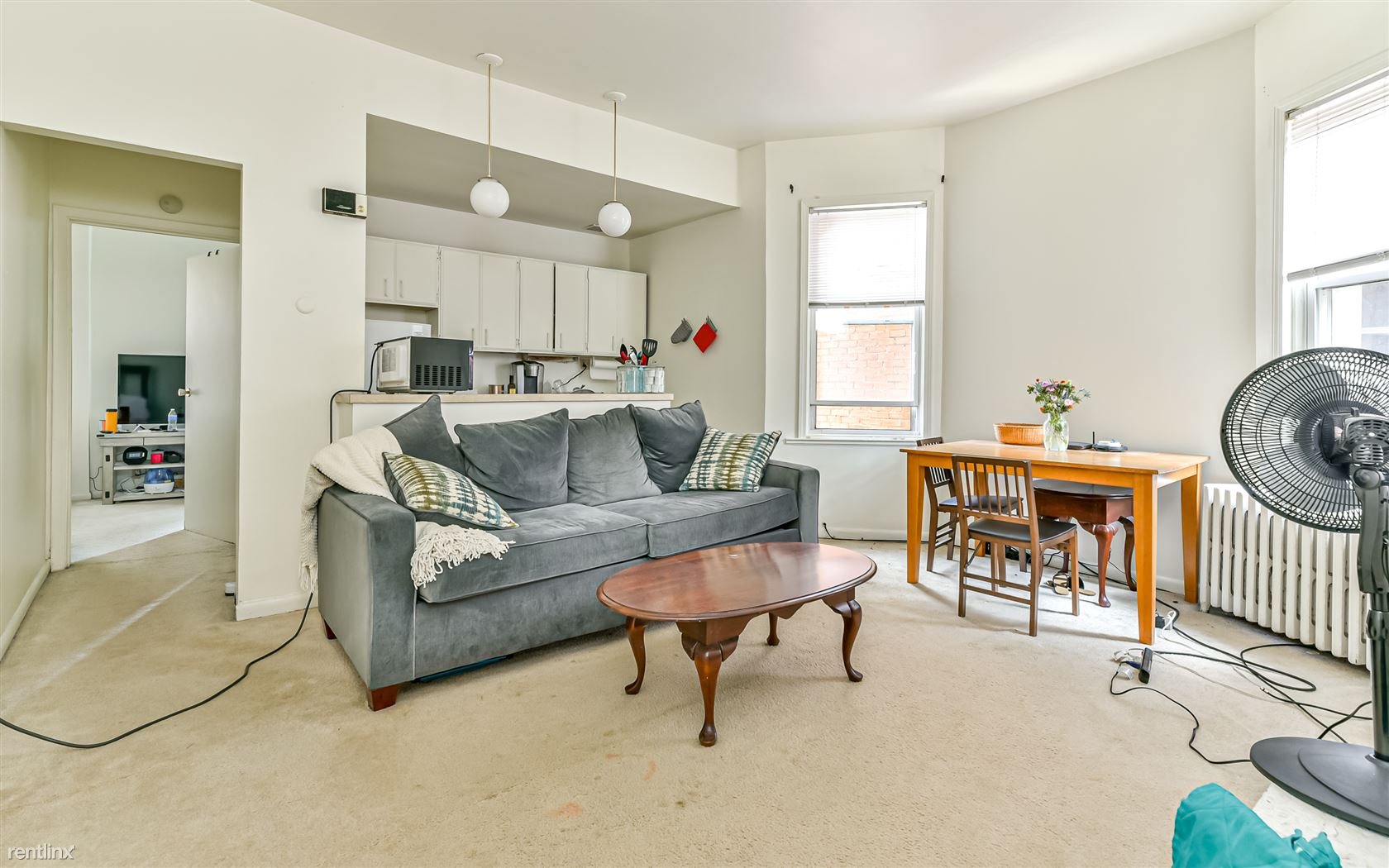 6352 Marchand St Apt 2, Pittsburgh, PA - 1,150 USD/ month