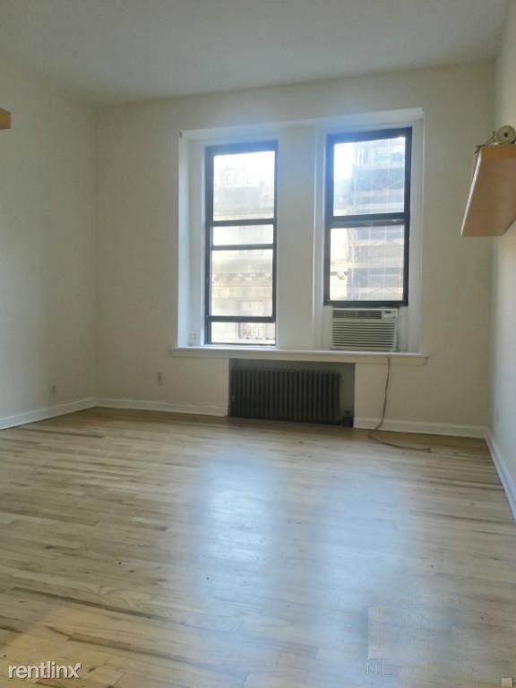 19 east 71st street 3D, New York, NY - $2,150
