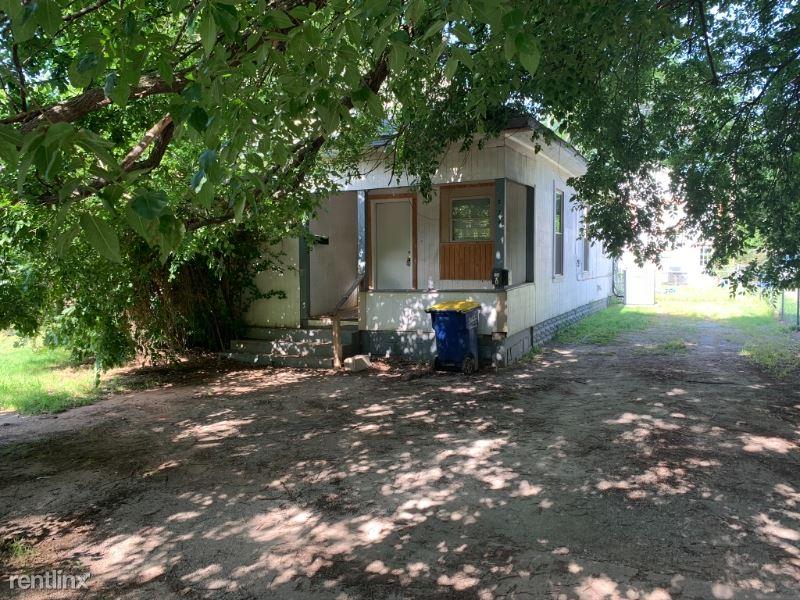 234 S Lowry St, Stillwater, OK - $1,480