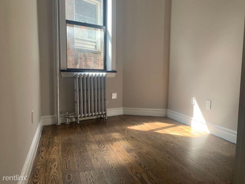 326 E 35th St 52, New York, NY - $3,134