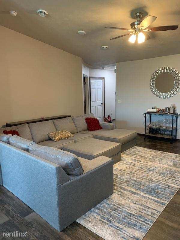 Duplex for Rent in Tea