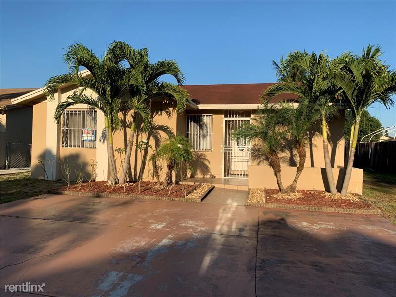 19451 NW 51st Pl, Miami Gardens, FL - $1,950