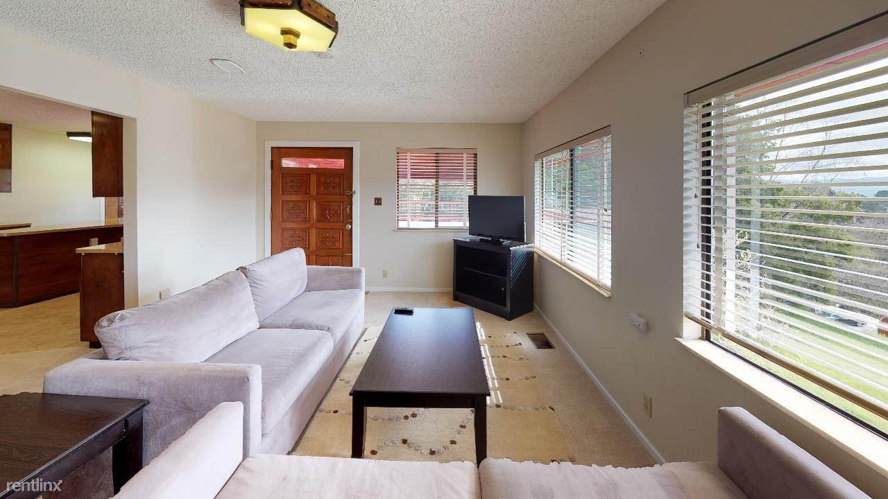 Southview Way, W California Way, Woodside, Woodside, CA - $1,390