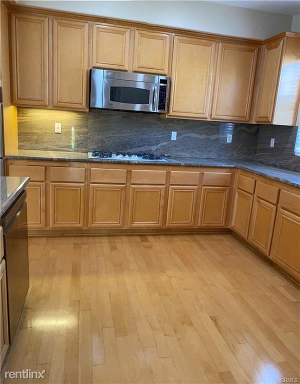 2815 Sepulveda Blvd Unit 24, Torrance, CA - $3,950