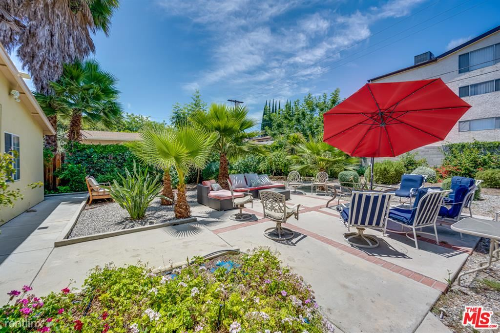 4345 Allott Ave, Sherman Oaks, CA - $9,000