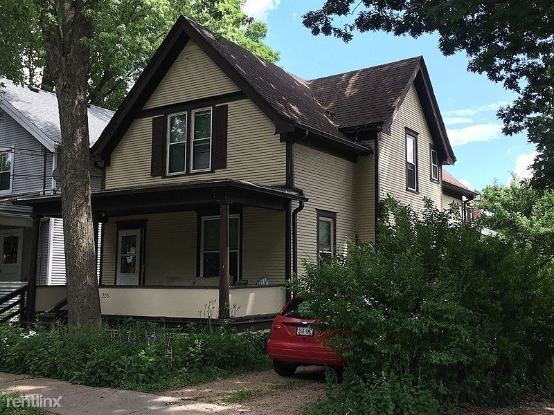 2019 East Washington Avenue, Madison, WI - $1,290