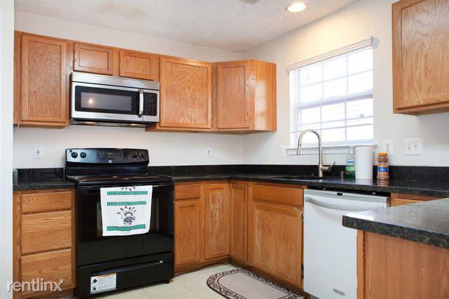 2816 Berrywood Lane, Springdale, MD - $1,075