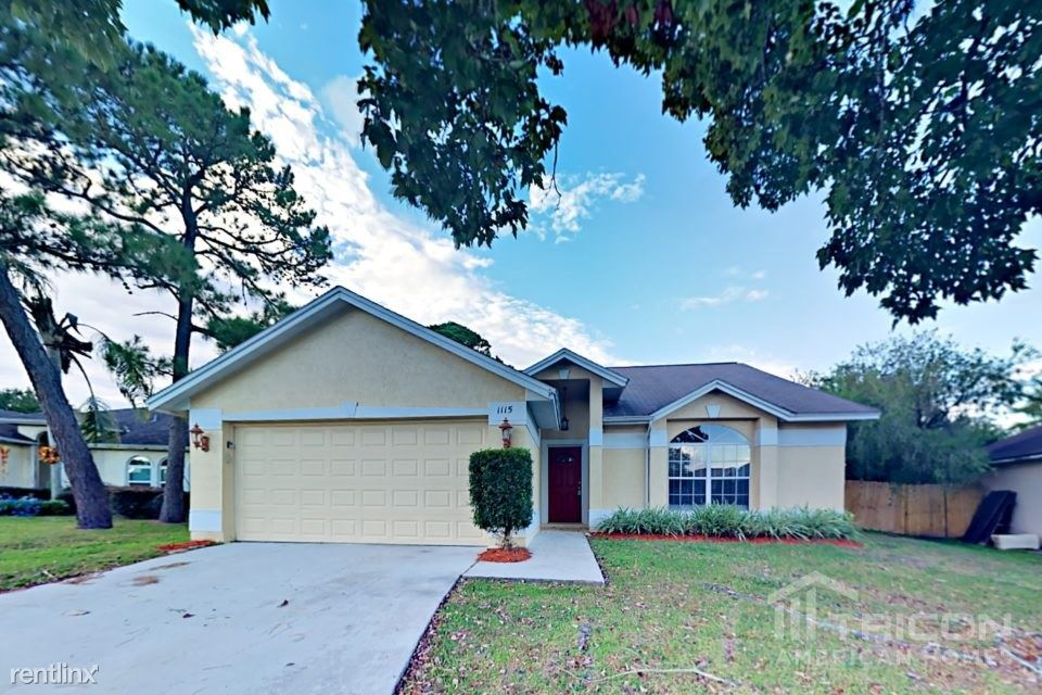 1115 Sugarberry Trail, Oviedo, FL - $1,949