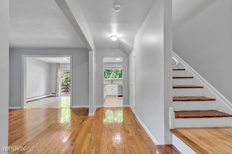333 Vincellette St 38, Bridgeport, CT - $1,975