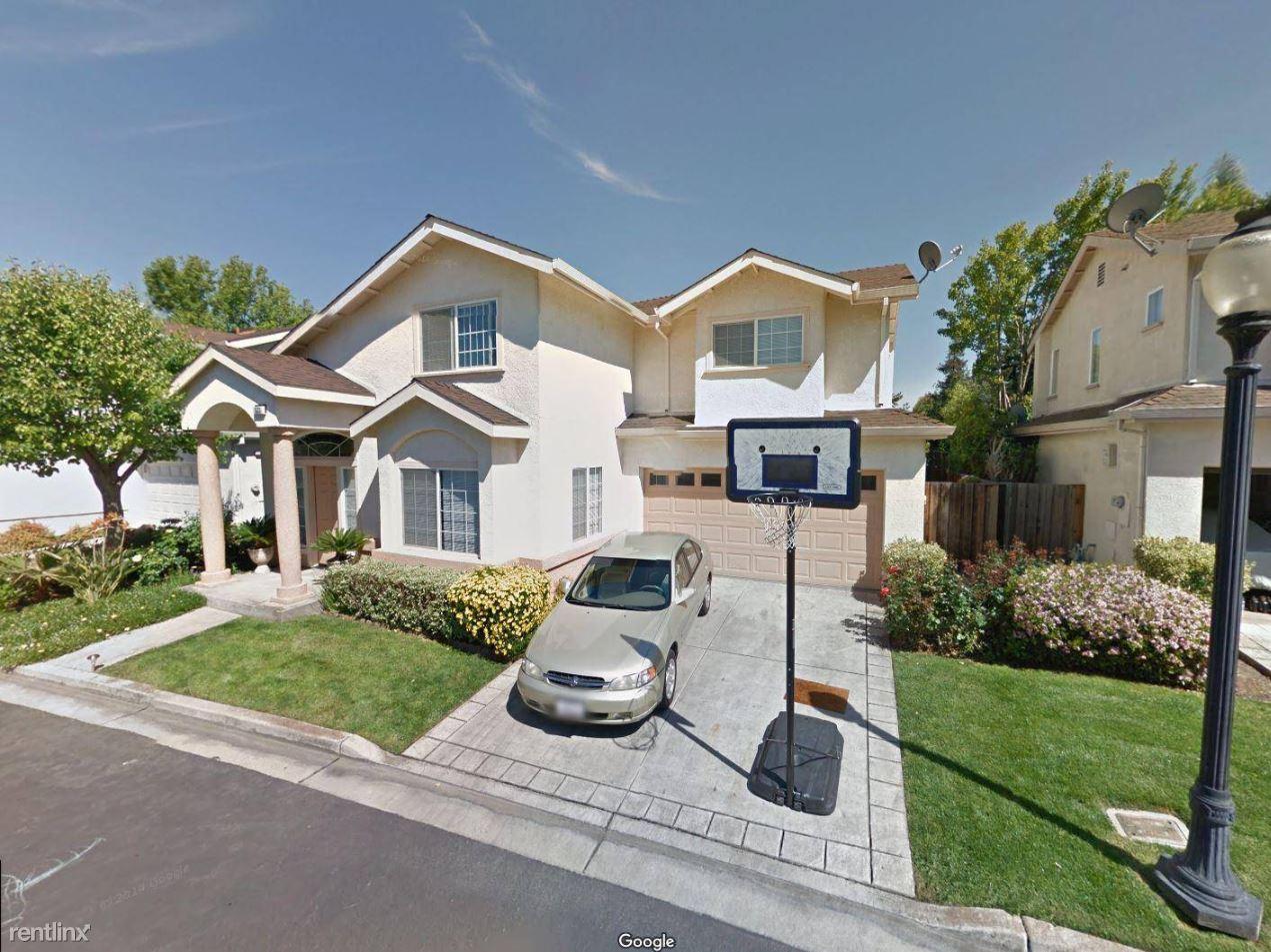 533 Devonshire Ct, Mountain View, CA - $5,195