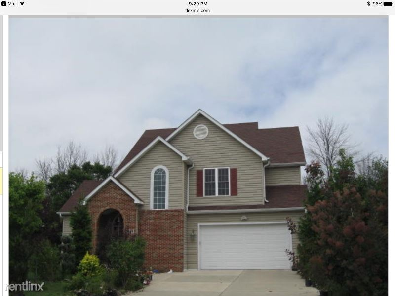 3998 W Kimberly Ave, Greenfield, WI - $2,400