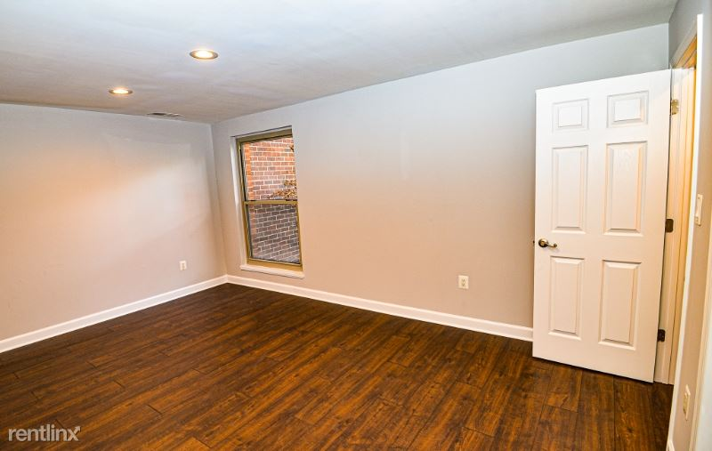 3356 Woodburn Rd. 11, Annandale, VA - $1,750