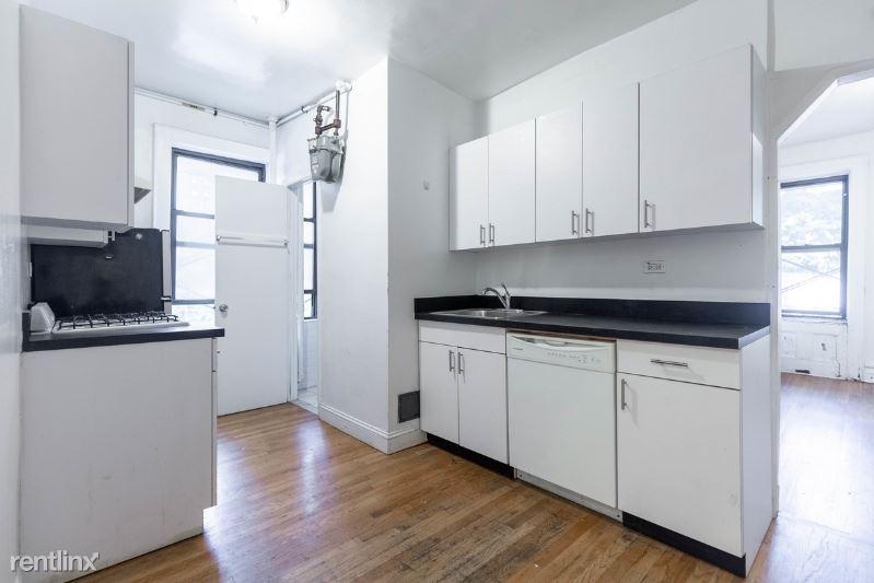 542 E 14th St, New York, NY - $3,125