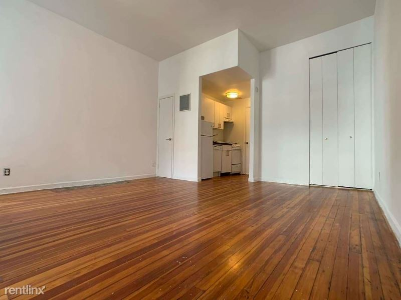 35 E 65th St, New York, NY - $2,475