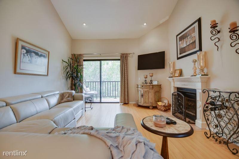 4210 Via Arbolada 301, Monterey Hills, CA - $2,695