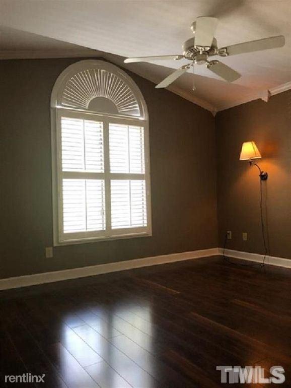 329 Glen Echo Ln, Cary, NC - $1,575