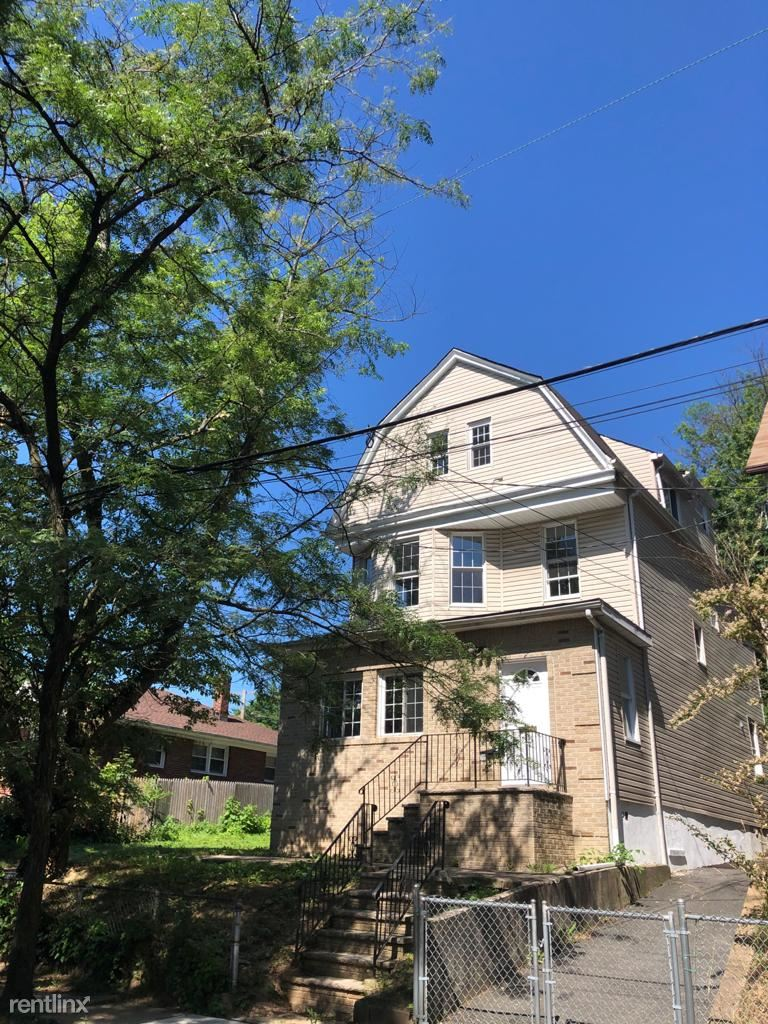 115 Mead St # 2, Newark, NJ - $2,000