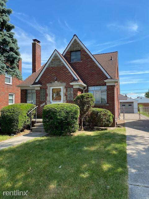 15352 Sprenger Ave, Eastpointe, MI - $1,350