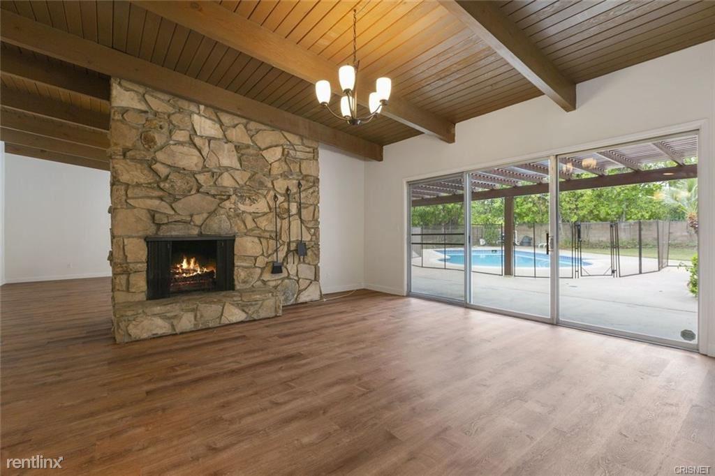 23750 Canzonet St, Woodland Hills, CA - $4,995