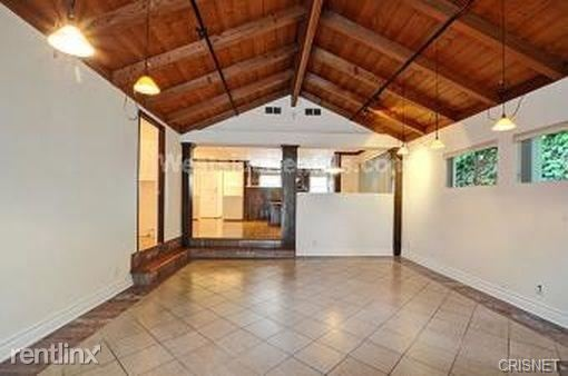 21314 Velicata St, Woodland Hills, CA - $3,950