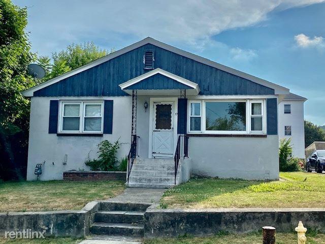 19 Mcrae Ct, Worcester, MA - $2,400