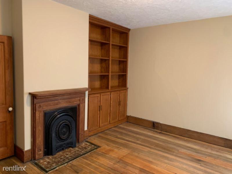 306 Wooster St, Marietta, OH - $1,200