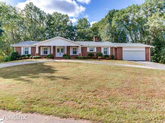 157 Hinton Rd, Easley, SC - $2,000