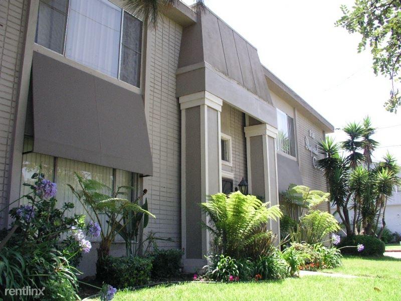324 W Imperial Ave 4, El Segundo, CA - $2,695