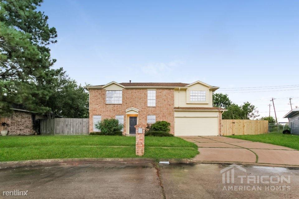 5343 Kent Drive, Pasadena, TX - $1,549