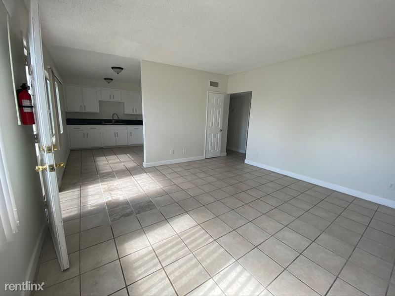 1073 N Verde Ave Upstairs, Rialto, CA - $1,495
