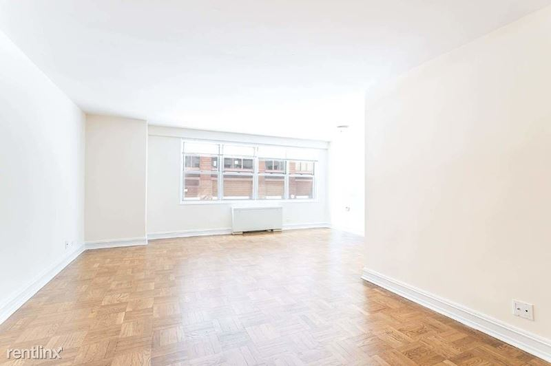 W 53RD Street / 8TH AVE, Midtown West, NY - $4,200