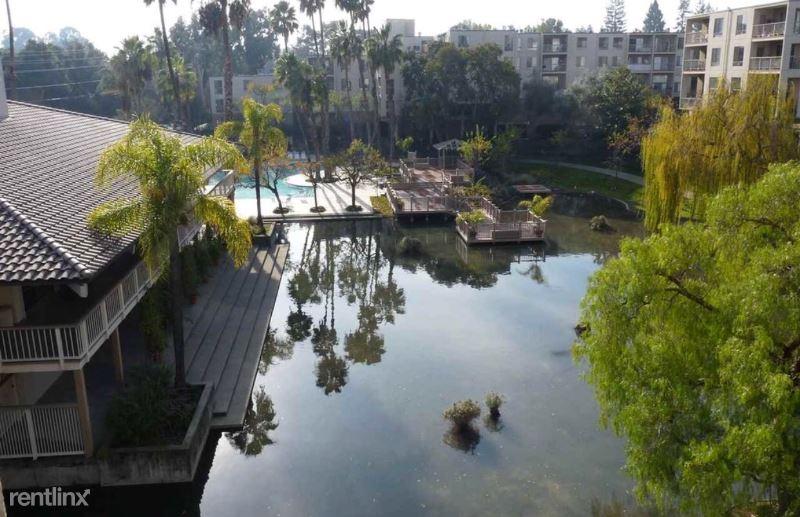 450 N civic drive 401, Walnut Creek, CA - $2,750