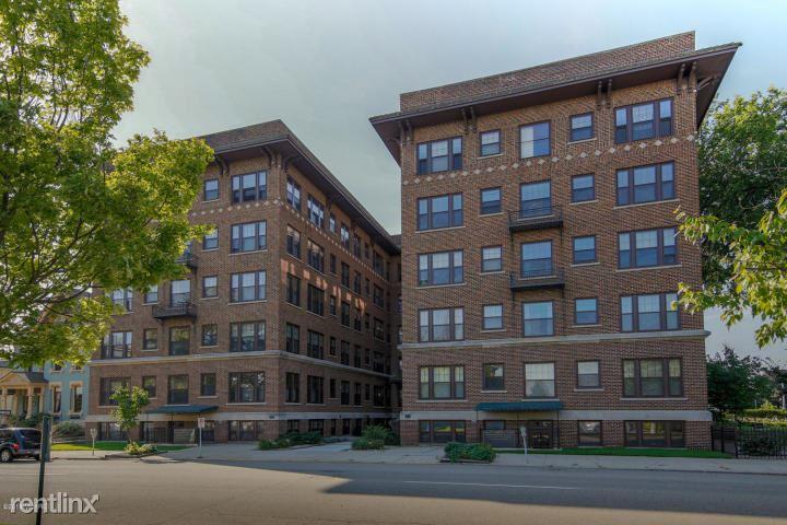 471 W South St Apt 406, Kalamazoo, MI - $1,400