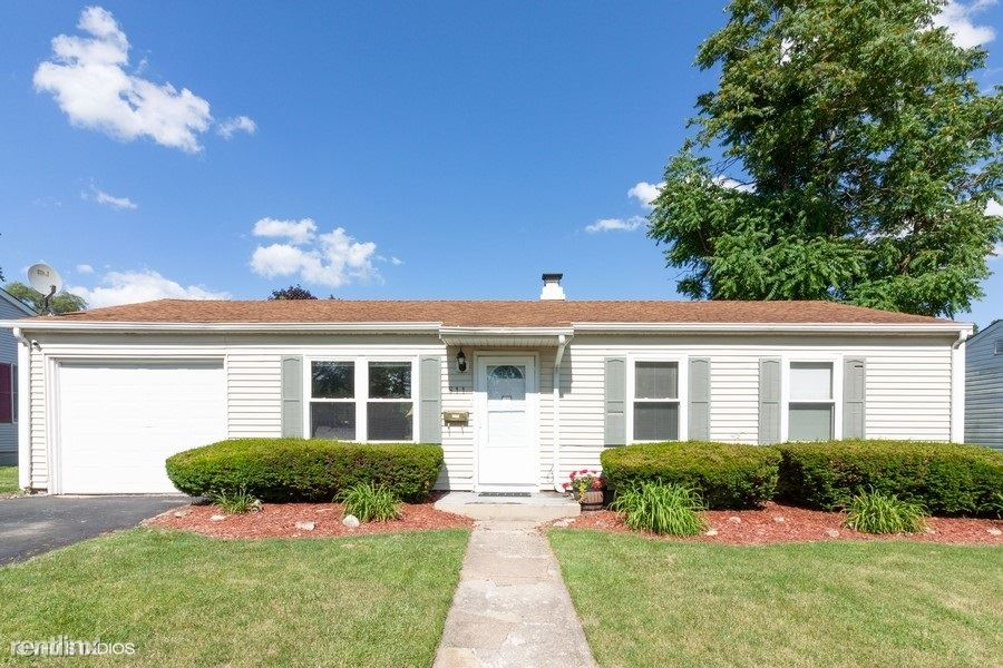 611 Iola Ave, Romeoville, IL - $1,495