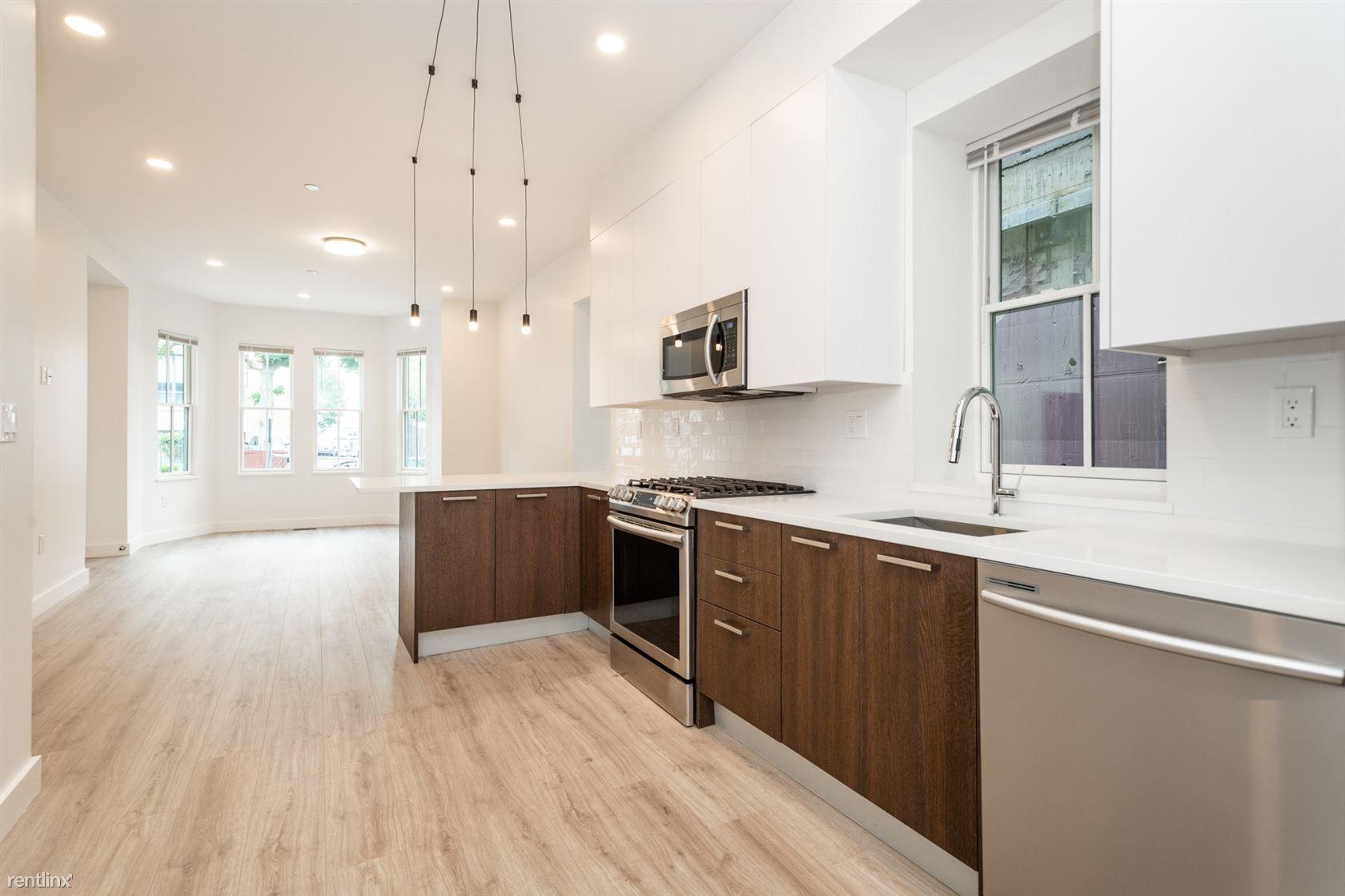 1472 Tremont St # 2, Boston, MA - $5,400