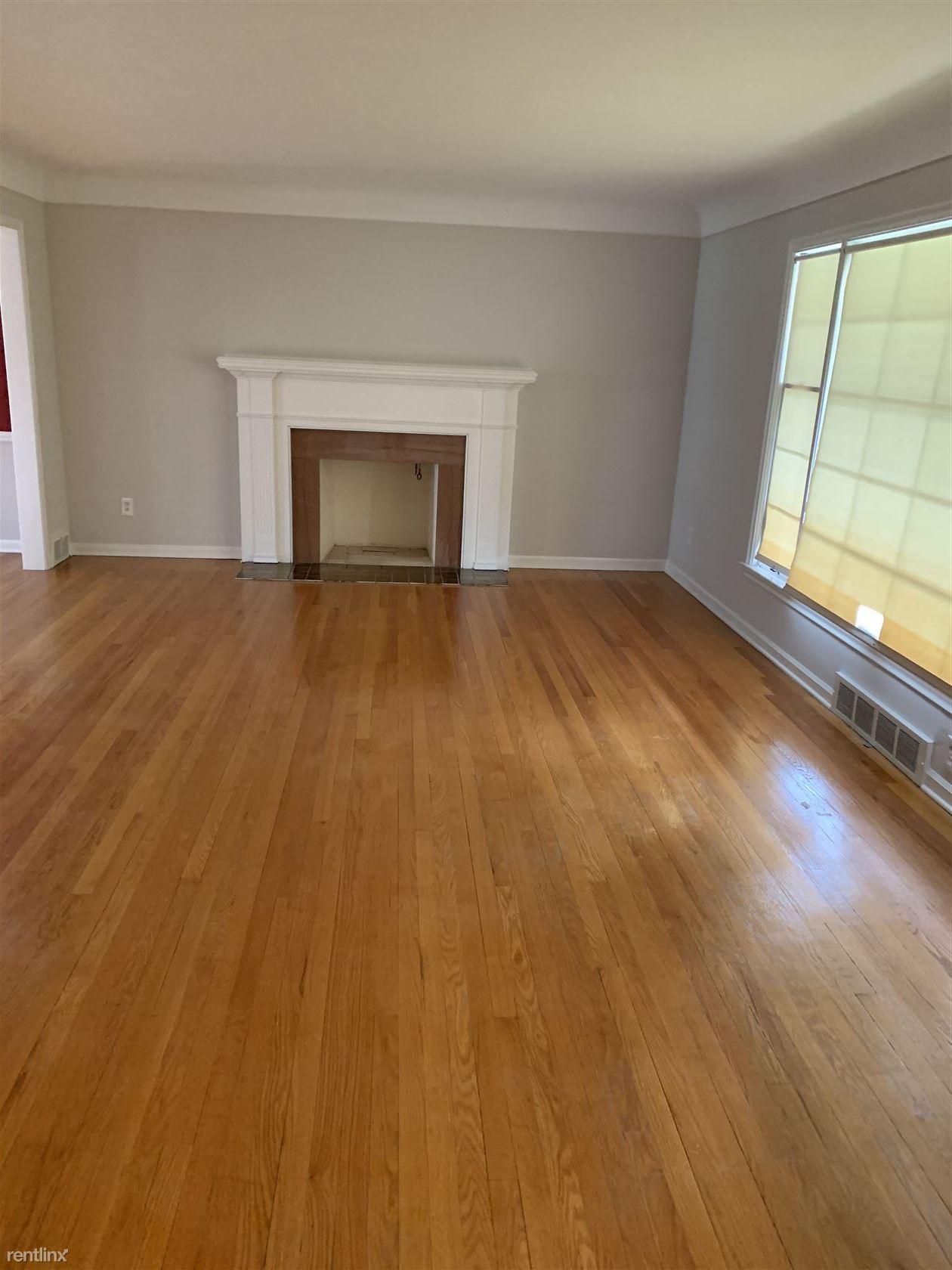 1320 Devonshire Rd, Grosse Pointe Park, MI - $2,500