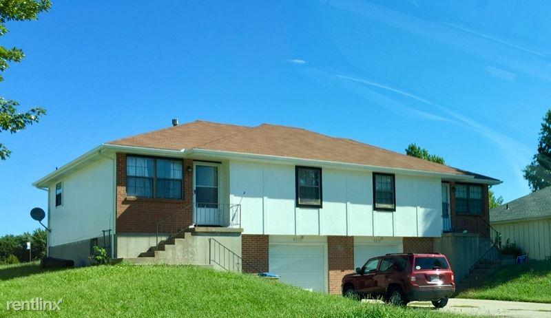 8212 Spring Valley Rd, Belton, MO - $1,100