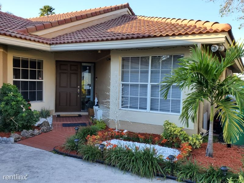 10401 nw 10th ct, Coral Springs, FL - $2,350