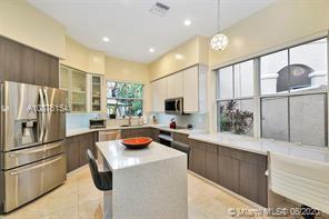 1529 Shoreline Way, Hollywood, FL - $5,700
