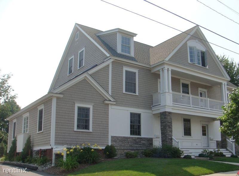 3 Lafayette St Apt 201, Milford, CT - $2,400
