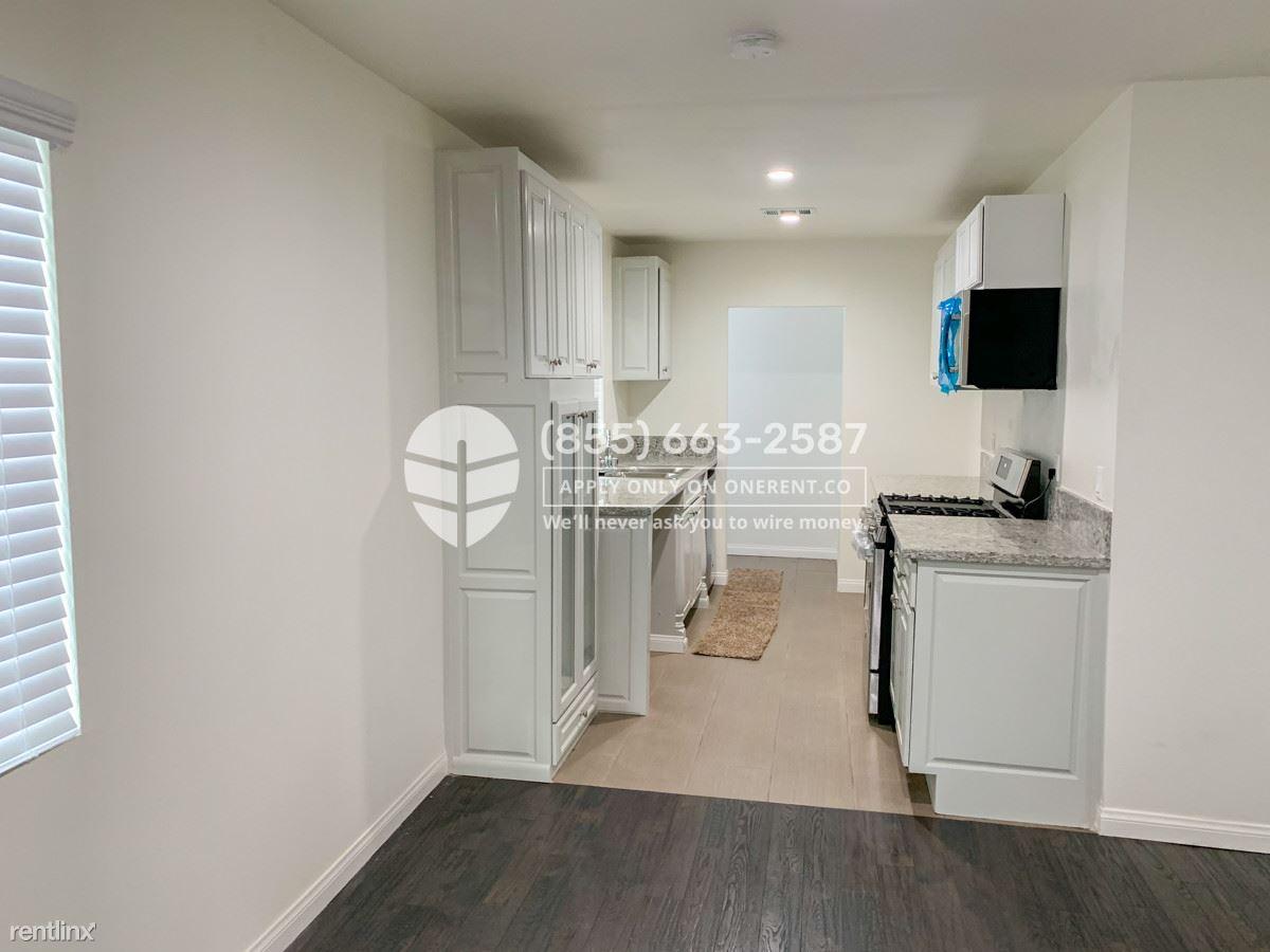 209 E Hazel St, Inglewood, CA - $4,900