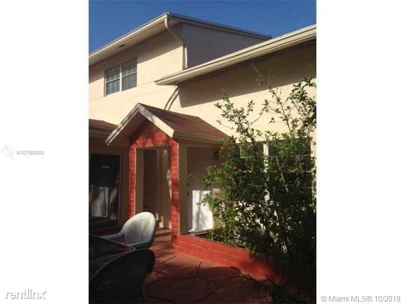 10823 SW 147th Pl, Miami, FL - $2,150