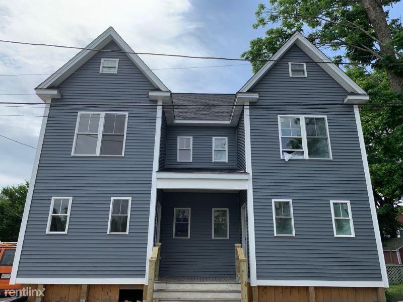 8 Fales Place, Foxboro, MA - $2,600