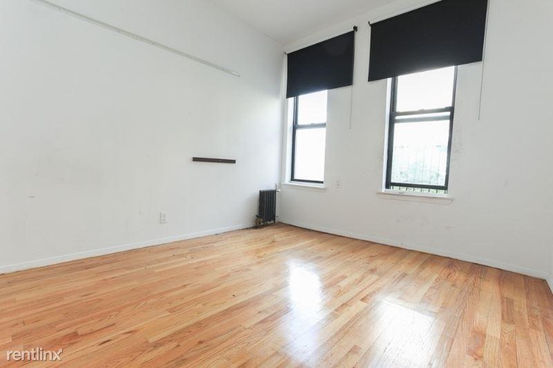 86 E 4th St, New York, NY - $3,150