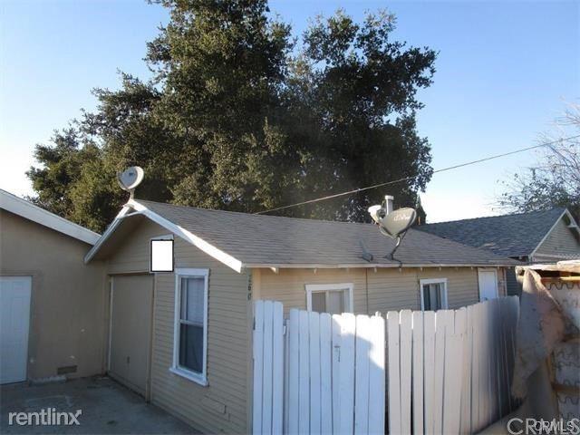 258 E 21st St, San Bernardino, CA - $1,300